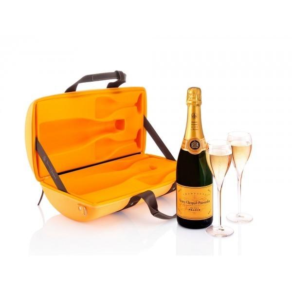 el champan en cofre veuve clicquot traveller. Black Bedroom Furniture Sets. Home Design Ideas