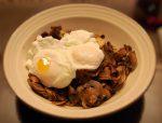 Huevos escalfados con Champiñones