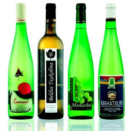 Botellas de Vino txakoli o chacolí