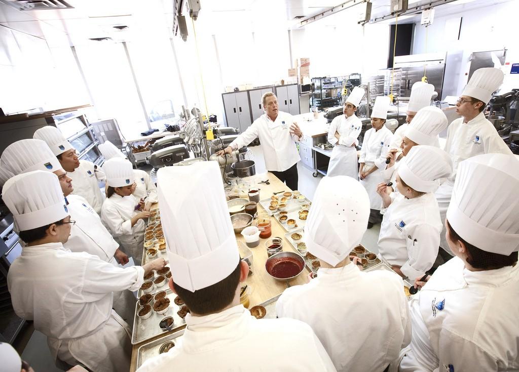 Cursos de cocina de autor en valencia cdt for Cursos de cocina