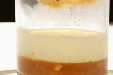 guiso de langostino con pan de oro y ensalada de aromas, de La Taberna del Zurdo