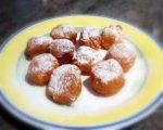 Buñuelos de crema pastelera