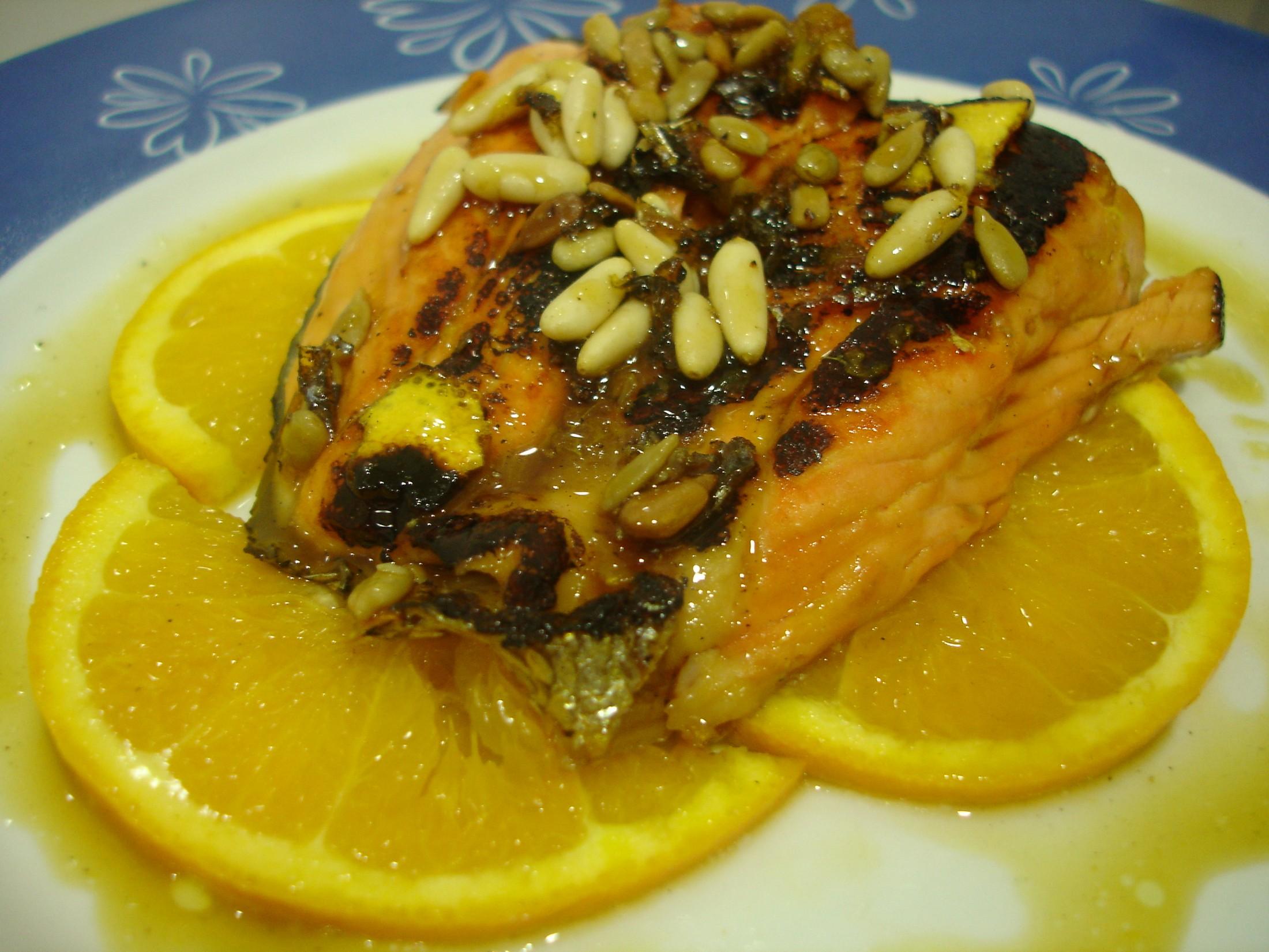 Receta de salmón a la plancha con jarabe de naranja