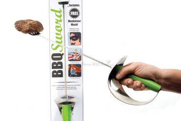 El zorro de las barbacoas, BBQ Sword (2)
