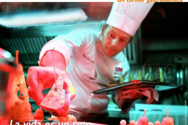 Cartel de El Pollo el pez y el cangrejo real