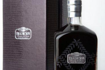 Brandy Tradición Platinum Solera Gran Reserva de 40 años