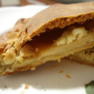 Calzone de Boletus Edulis y crema de queso curado