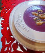 Receta típica de navidad: Crema de lombarda con cigalas