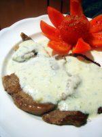 Entrecot con salsa de queso azul