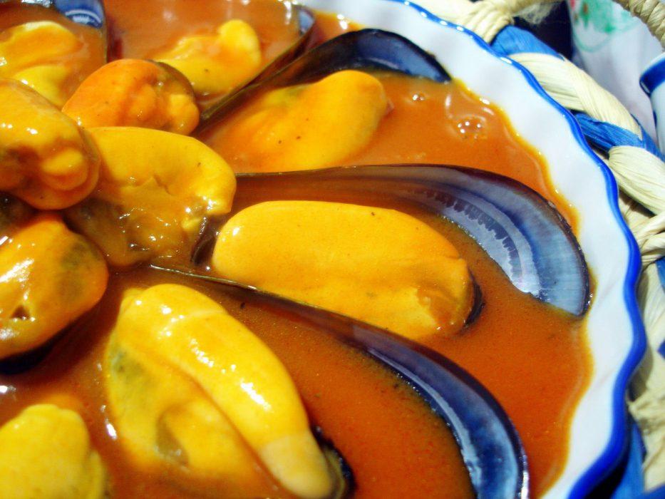 Receta de mejillones en salsa de tomate