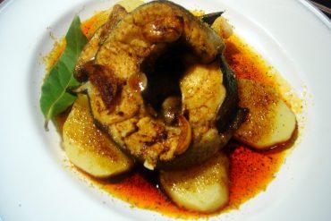 Receta de Congrio al ajo arriero un pescado tradicional de Castilla