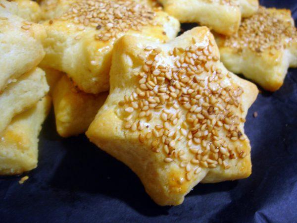 """Galletas saladas de queso """"Formatgetes"""""""