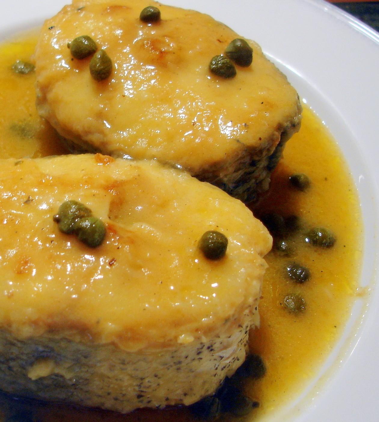Merluza En Salsa De Alcaparras Buena Y Facil De Hacer