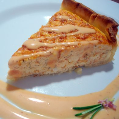Receta de Pastel de salmón con salsa rosa