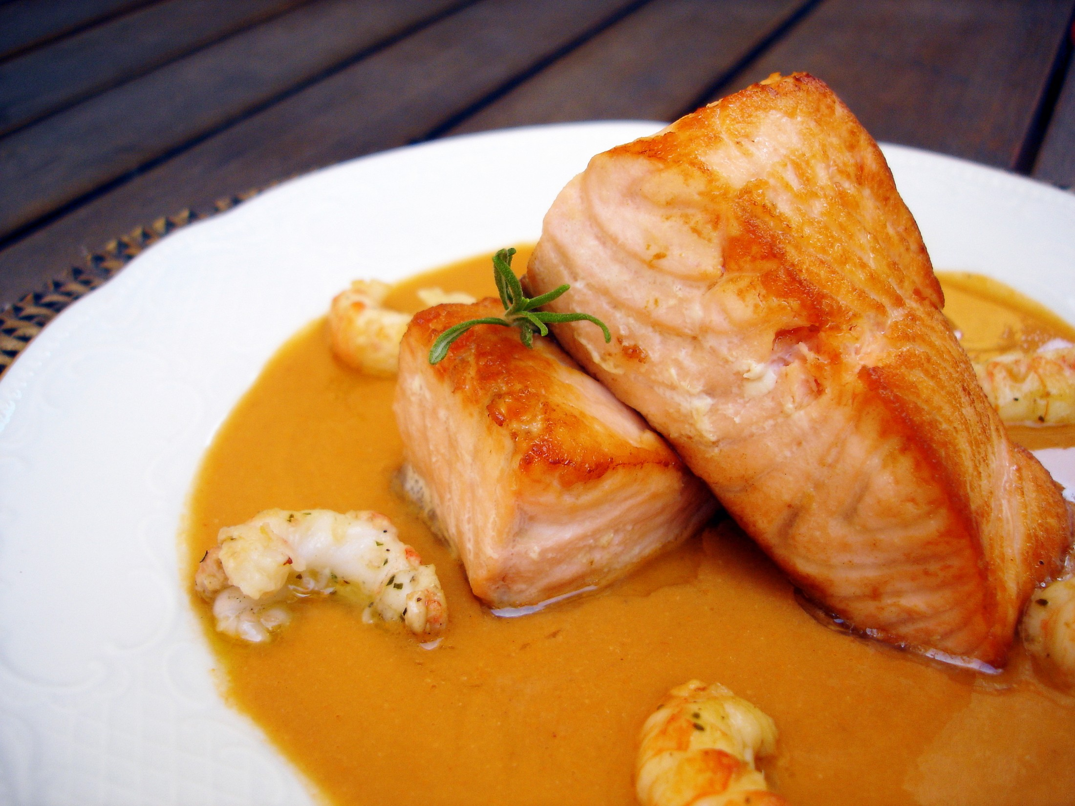 Salm n con crema de cigalas una excepcional receta for Formas de cocinar salmon