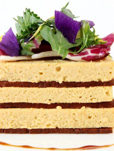 Pastel de conejo en crujiente de pan de especias 5
