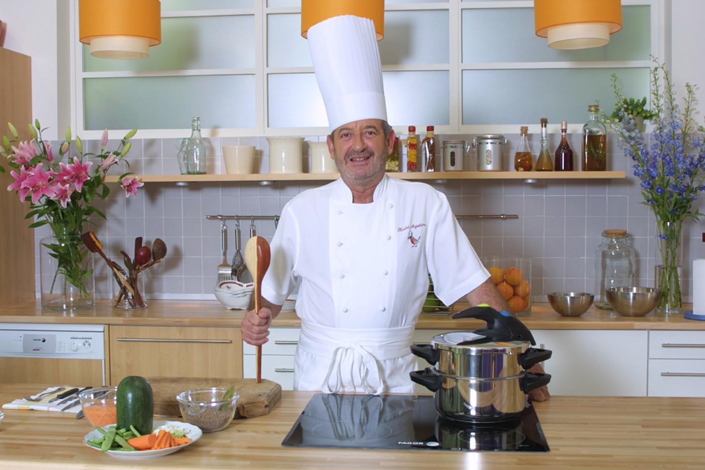 Karlos argui ano profesor de cocina for Elementos de cocina para chef
