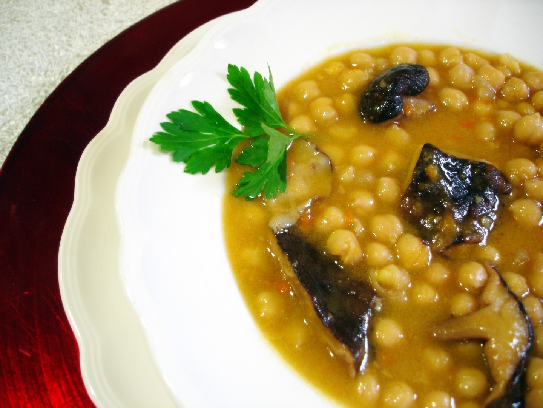 Garbanzos con setas shiitake (1)