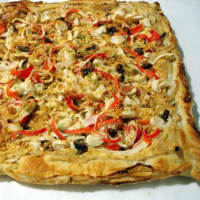 Receta de Pizza de surimi y anchoas con masa de hojaldre