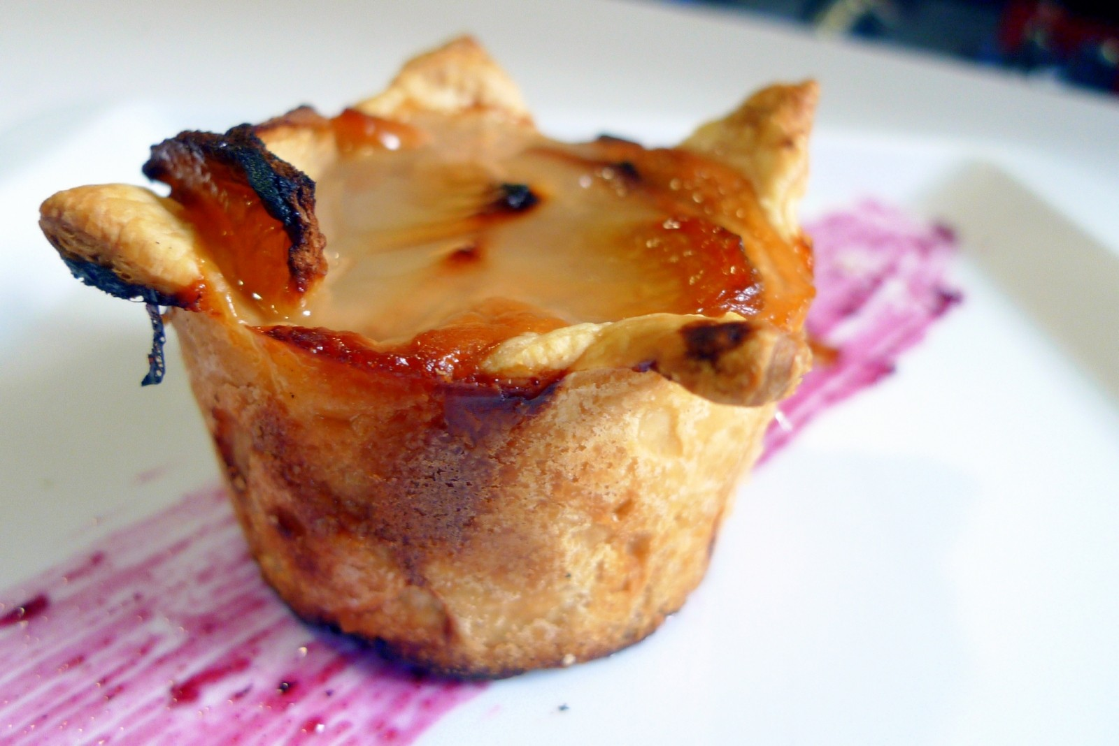 Mini tartas de manzana de hojaldre