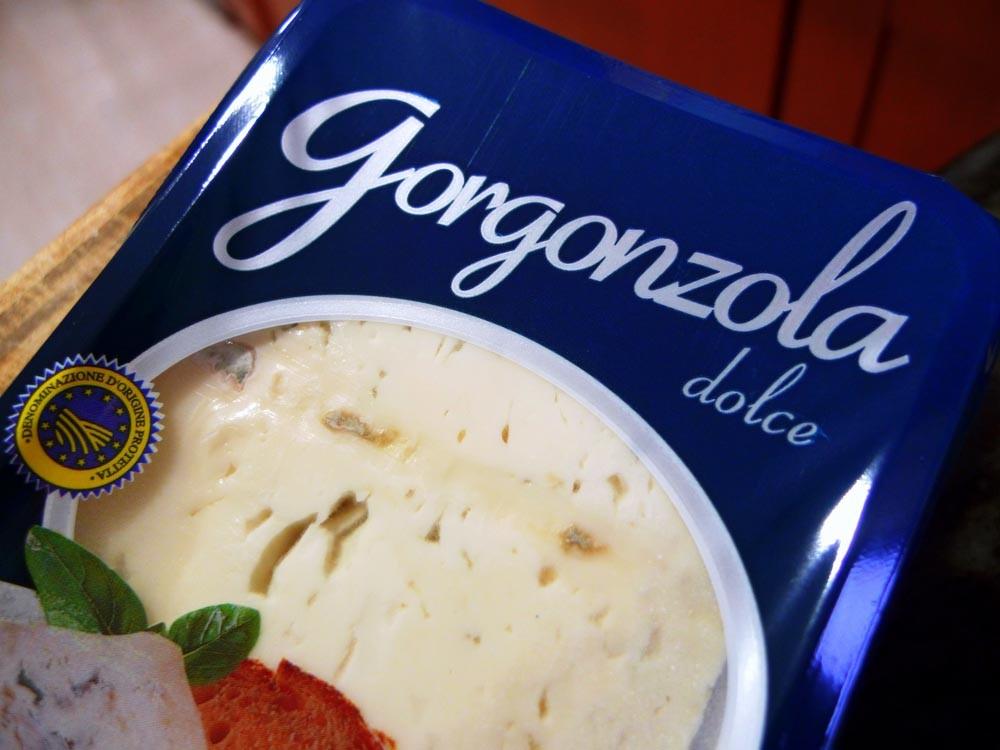 tapas con queso gorgonzola