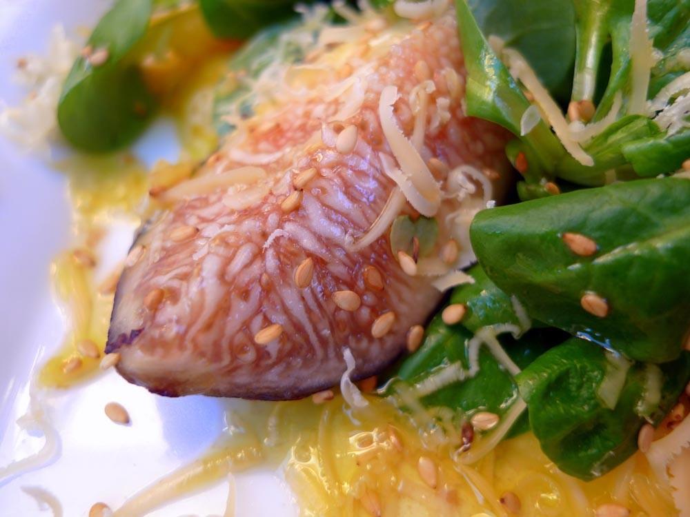 Receta de Ensalada de brevas con jamón ahumado