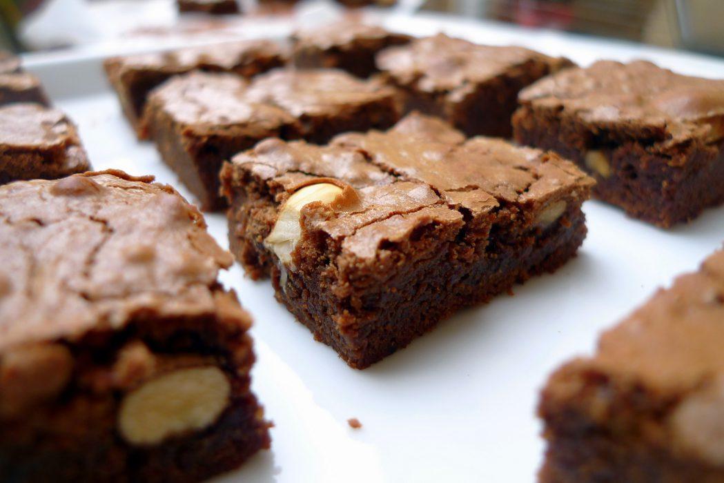 Receta de brownie de chocolate y avellanas