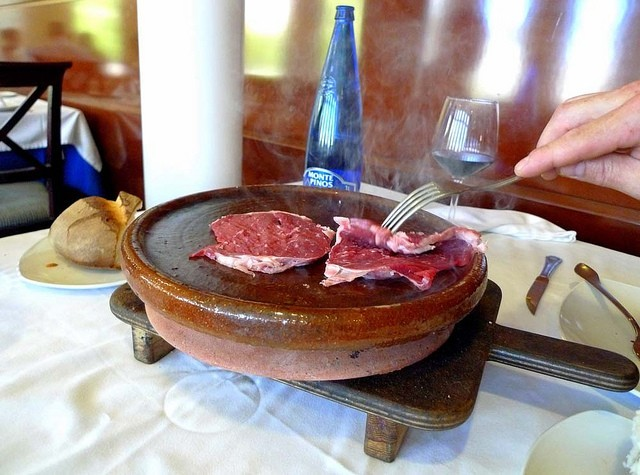Carne de Cabu a la teja en el Restaurante El Riscal