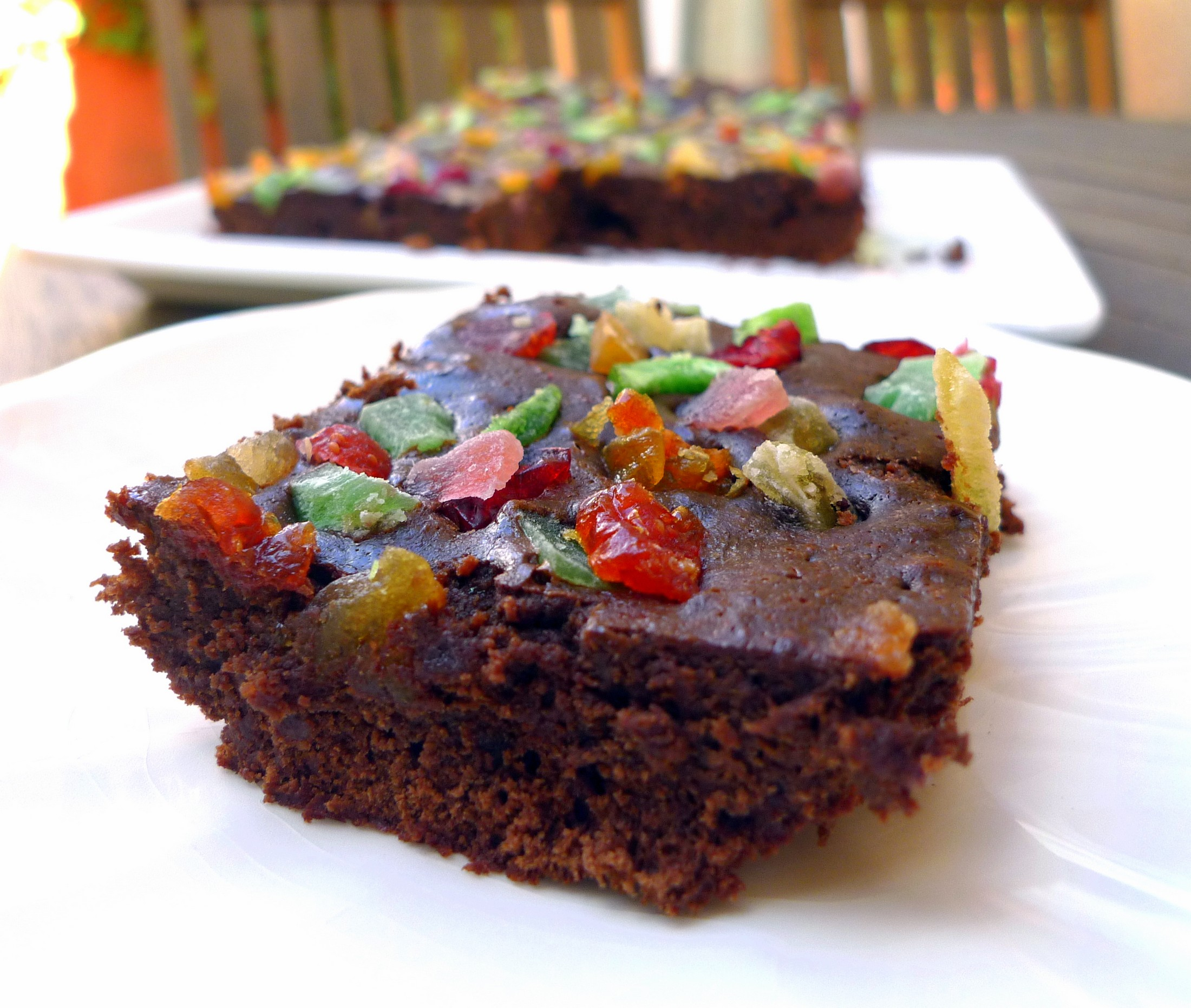 Brownie con chocolate y frutas