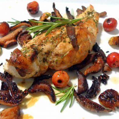 Pechuga de pollo con castañas y níscalos