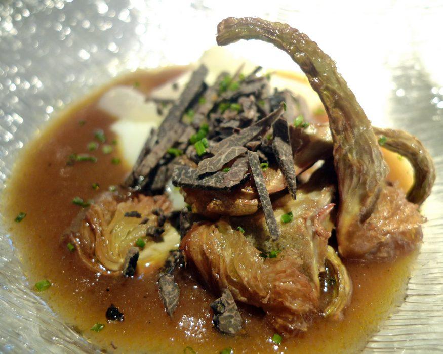 alcachofas con reduccion de sopas de ajo y trufa con parmesano