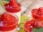 Leche merengada con gelatina de fresas
