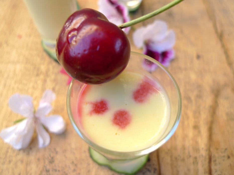 Crema de pepino, yogur y melocotón 4