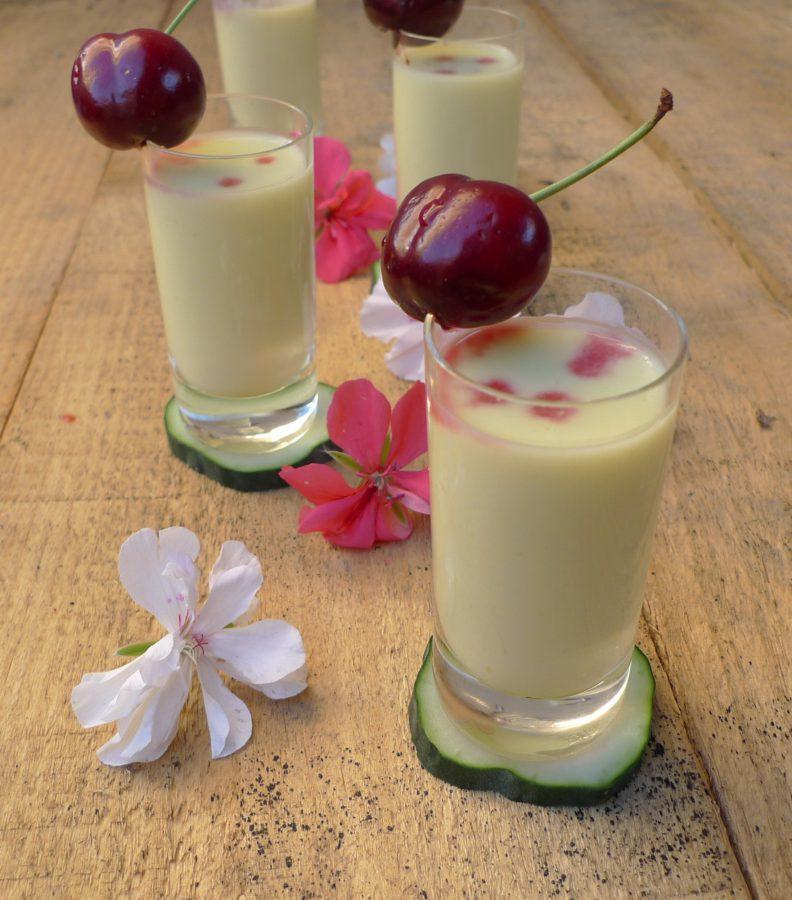 Crema de pepino, yogur y melocotón 5
