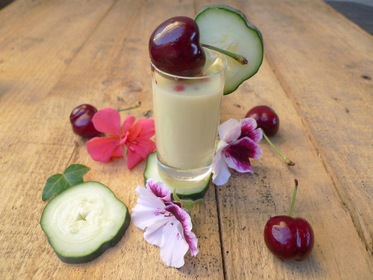 Crema de pepino, yogur y melocotón 7