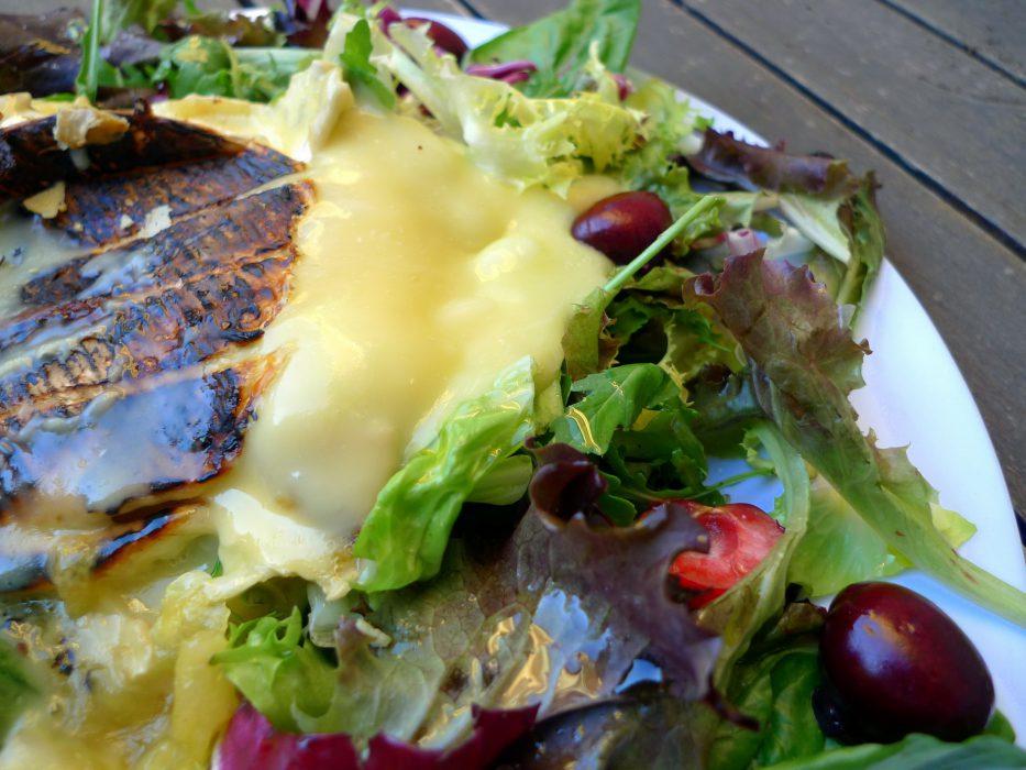 Ensalada de cerezas con queso brie a la plancha 3