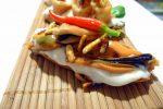 Tosta de mayonesa de pino, mejillón y guindilla 1