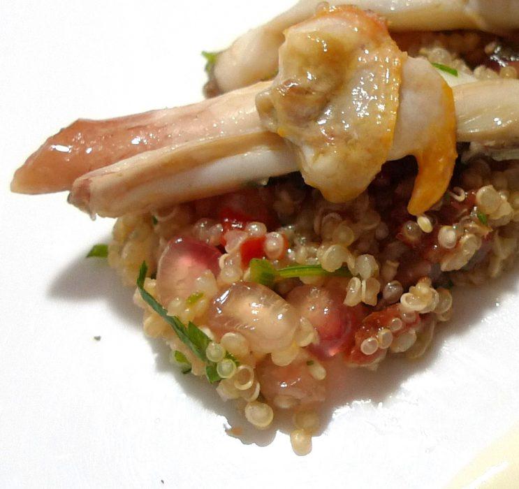 Ensalada de quinoa con granada, navajas y berberechos 4