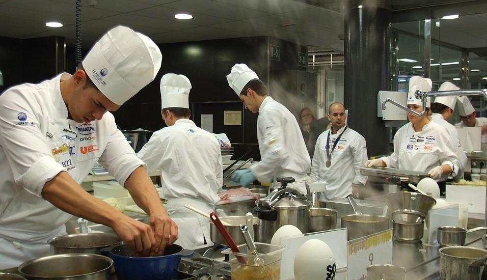 Participantes de la Sexta Semifinal del Concurso Cocinero del Año