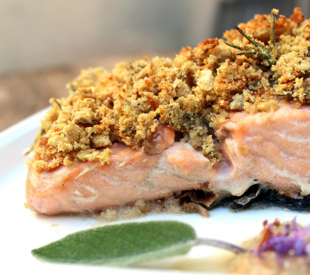 salmon con costra de pan y nueces-5