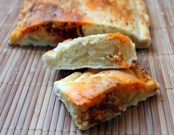 Empanada de tortilla de patata y chorizo