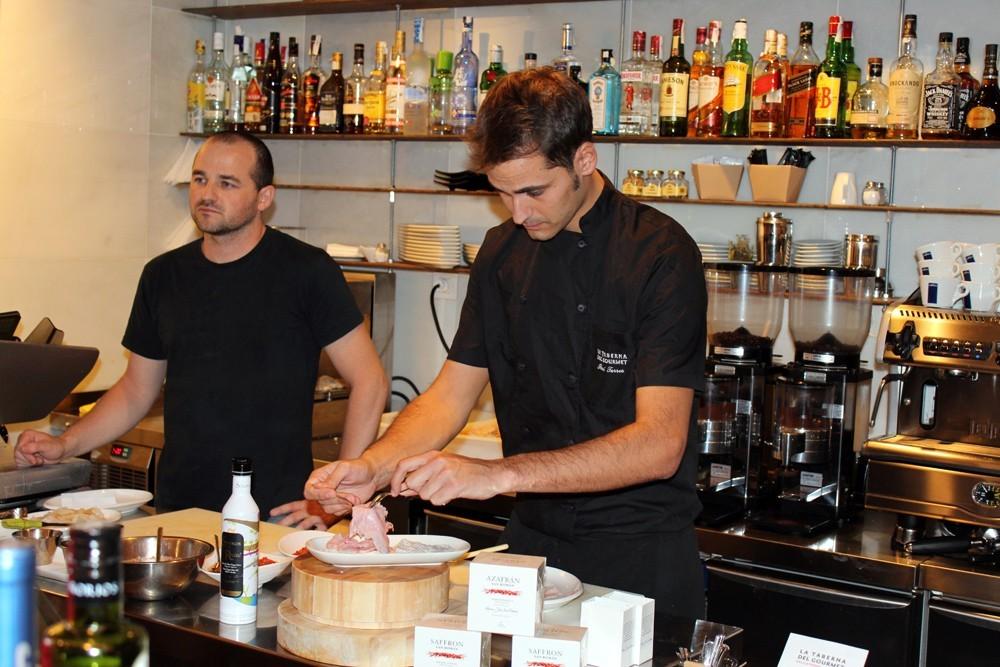 Ibai Torres chef La Taberna del Gourmet #Gourmet Experience-1