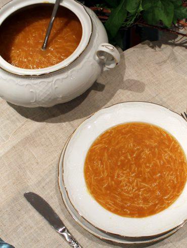 Caldo casero, una receta tradicional