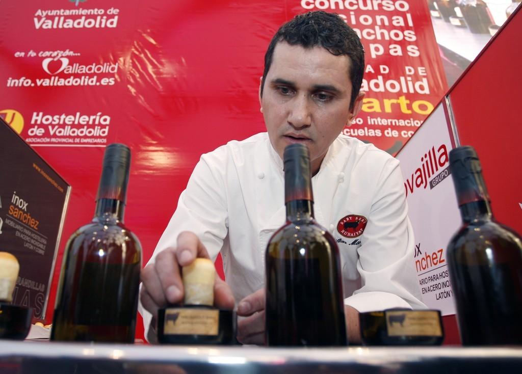 cocinero Neilton Marcelino de Olivera