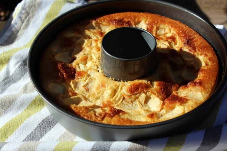 "Tarta ""caldosa"" de manzana"