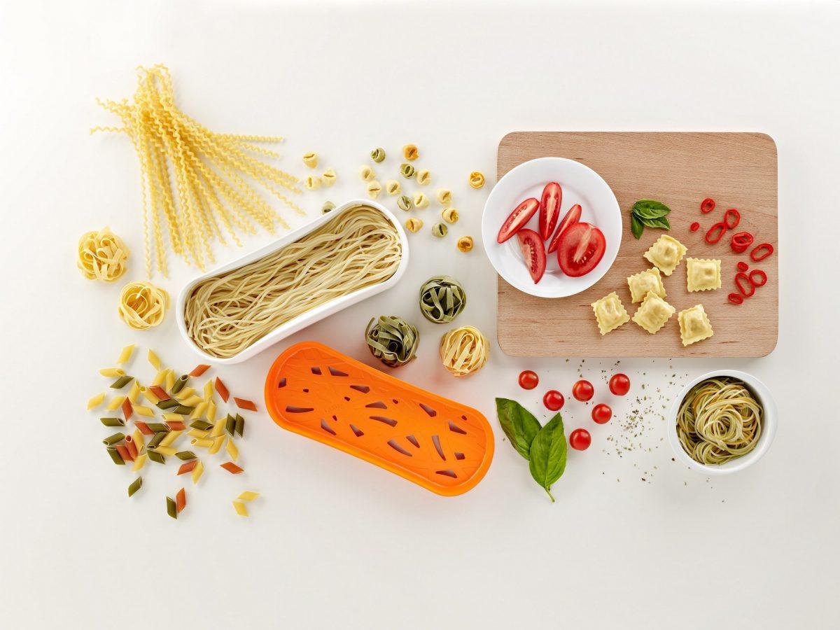 Cocer pasta en el microondas con pasta cooker de l ku - Hacer pasta en el microondas ...