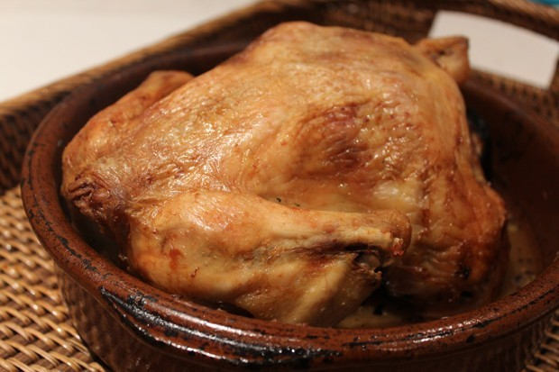 Pollo al horno receta tradicional for Cocinar un pollo entero