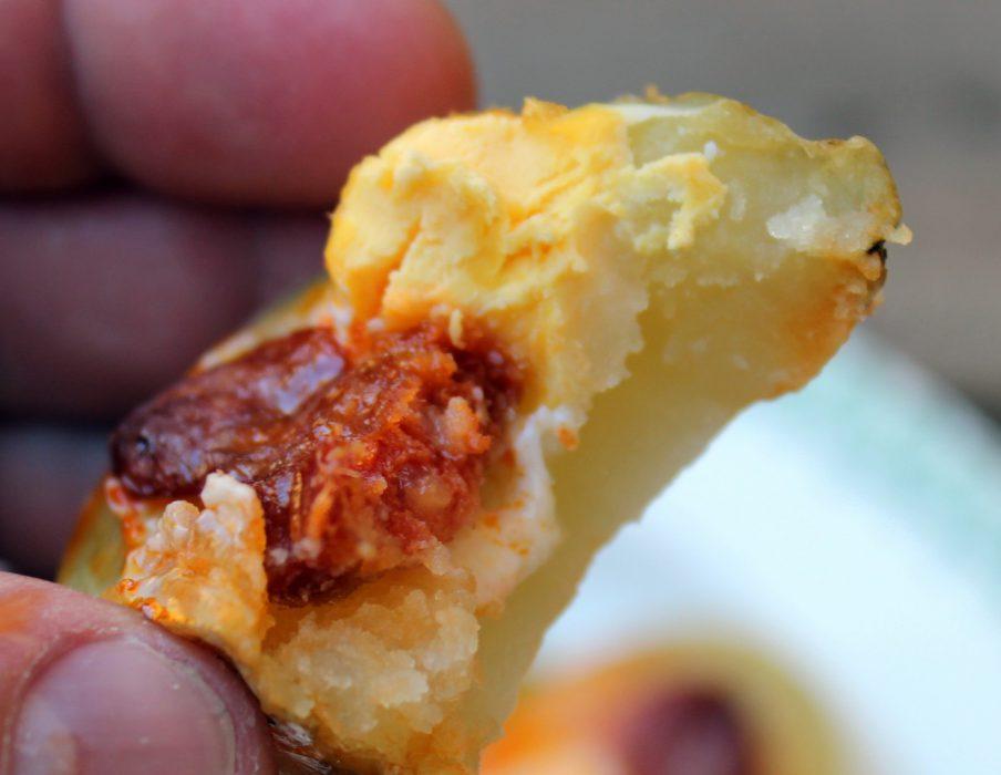 Bocaditos de patata, huevo de codorniz y chorizo-1