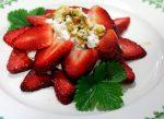 Se puede pedir más: Fresas, requesón y miel