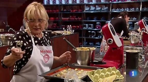 Maribel con el Robot de cocina MUM 5